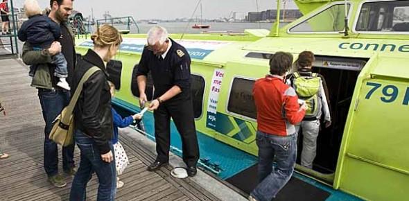 Postuum eerbetoon aan veerdienst Amsterdam–Velsen