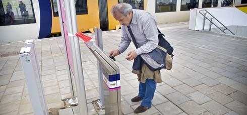 'OV-chipkaart moet net zo simpel als mobieltje'