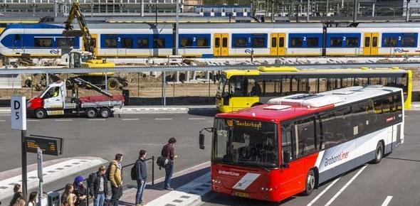 Coronavirus zorgt voor minder trein en bus