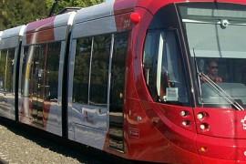 BAM bouwt Uithoflijn af, CAF levert trams
