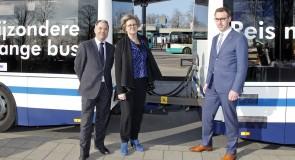 Arriva rijdt met aanhanger achter bus