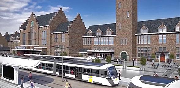 Tram strandt vóór station Maastricht