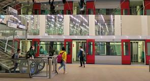 Klaptrap en atletiekbaan in metro RET