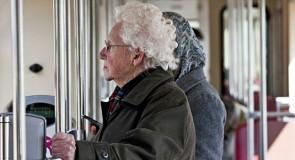 De drempel voor ouderen is hoog