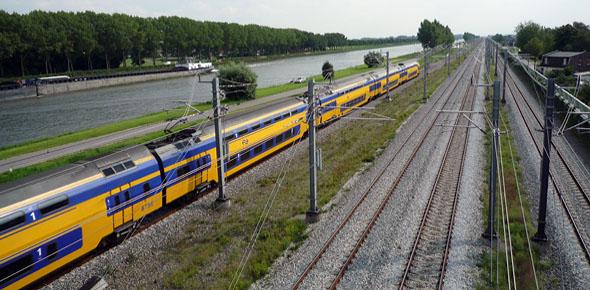 EU: spoornet mag onderhands gegund