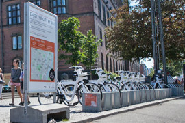 Deelfiets in opmars door elektronisch slot