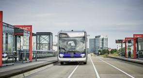 Daimler presenteert zelfrijdende dieselbus
