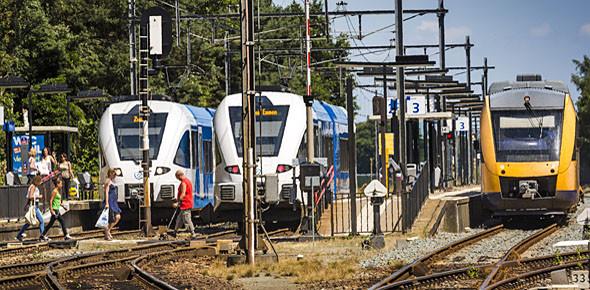 'Verbeter Nederlands spoor stapgewijs'