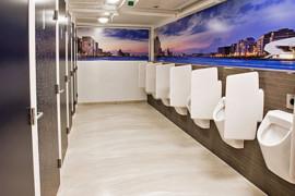 Stationstoiletten: strak, schoon en uniform
