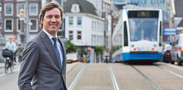 'Heel Nederland gebaat bij ov Amsterdam'