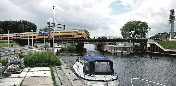 Leeuwarden krijgt extra trein naar Meppel