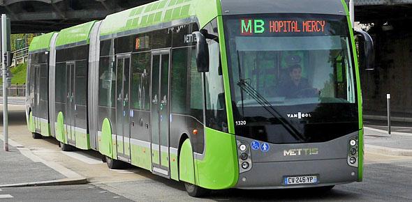 Vlaanderen maakt geld vrij voor trambus
