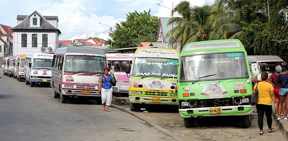 Suriname kijkt half naar Nederlands ov