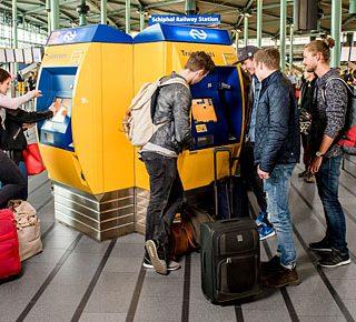 'Verplaats je in de toerist op Schiphol'