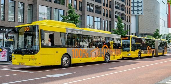 Tien e-bussen gestart op Utrechtse lijn 1