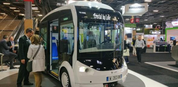 Autonoom vervoer tussen verkeer in Rouen