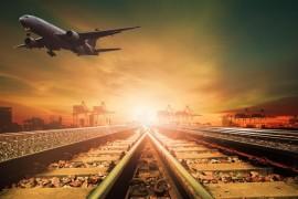 Rijk wil 2 miljoen vliegreizigers de trein in