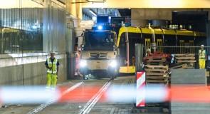 Eerste Uithoftrams door Utrecht getrokken