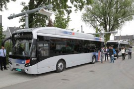 Reizen per bus 2 keer veiliger dan per auto