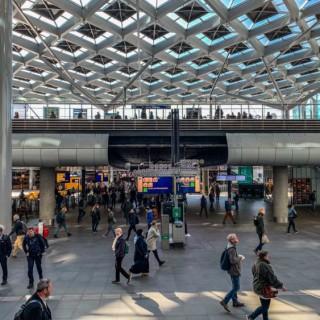 26 mei: gratis webinar 'Stations en 1,5 meter afstand, kwestie van goed gedrag?'