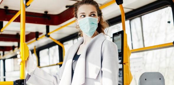 'Reizigers pakken mondkapjesplicht goed op'
