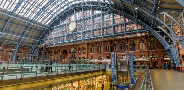 Britse Staat reorganiseert spoorsysteem